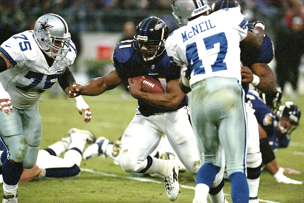 Brandon Noble, #75 on the Dallas Cowboys, in a NFL game on Nov. 19, 2000 in Baltimore, Maryland.