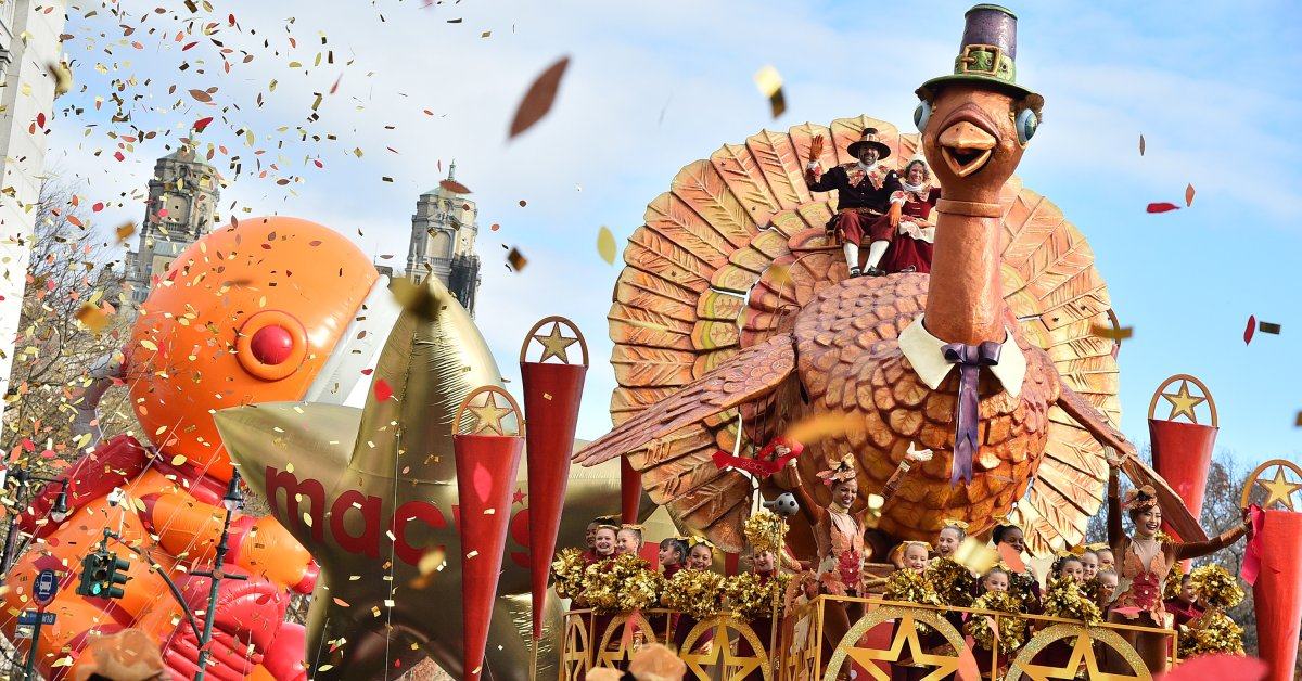 Вот все спектакли на Бродвее из парада Дня благодарения в этом году thumbnail
