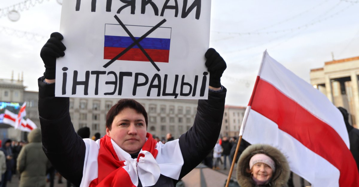 Protests Erupt as Russia Seeks Closer Ties With Belarus