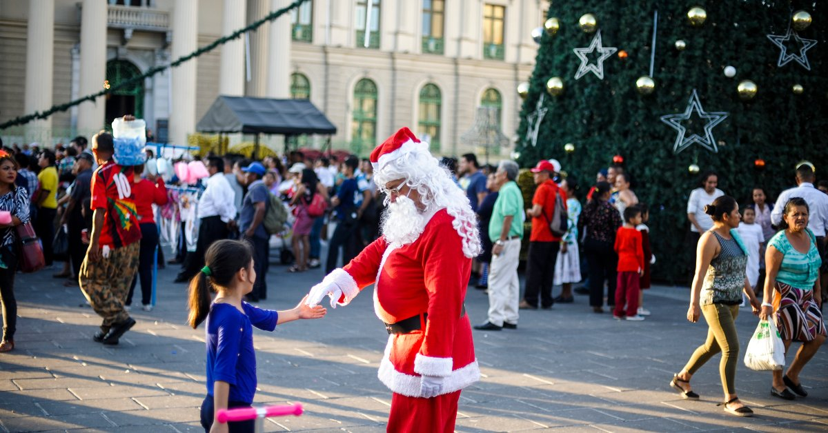 Should You Be Lying To Your Kids About Santa Time