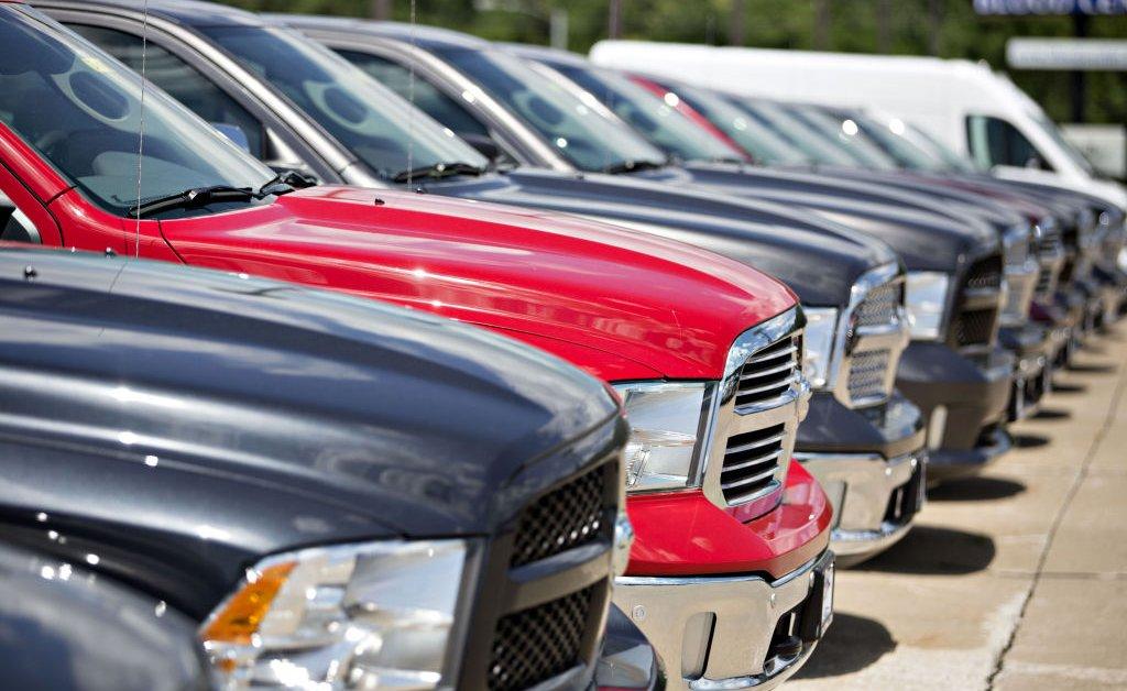 Fiat Chrysler и французская Peugeot договорились о слиянии в 46 миллиардов долларов, создав 4-е место в мире по величине автопроизводителя thumbnail
