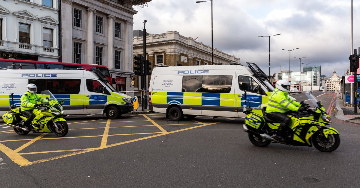 Лондонская экстремистская атака занимает центральное место в предвыборной кампании в Великобритании thumbnail