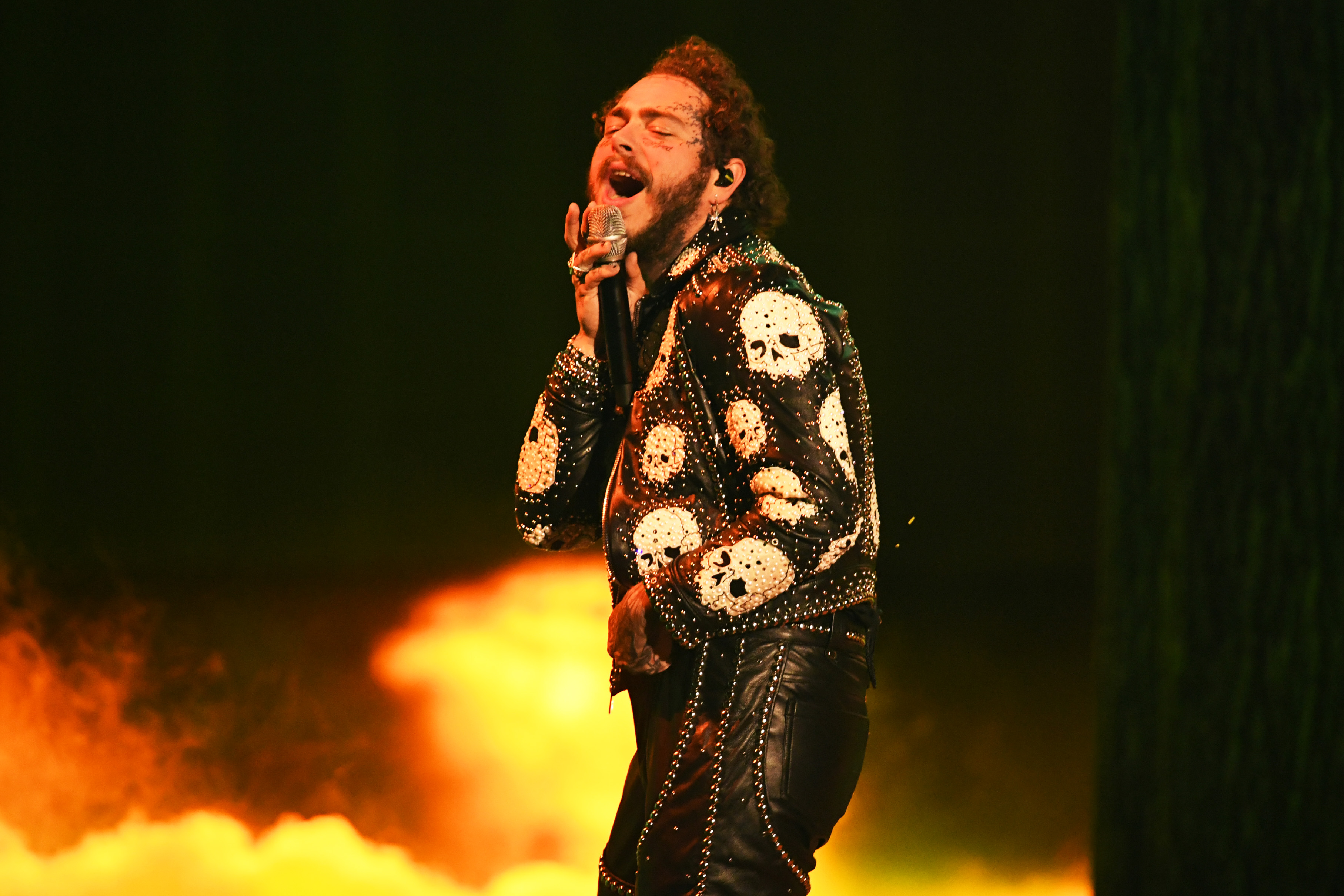 Post Malone performs at the 2019 American Music Awards in Los Angeles