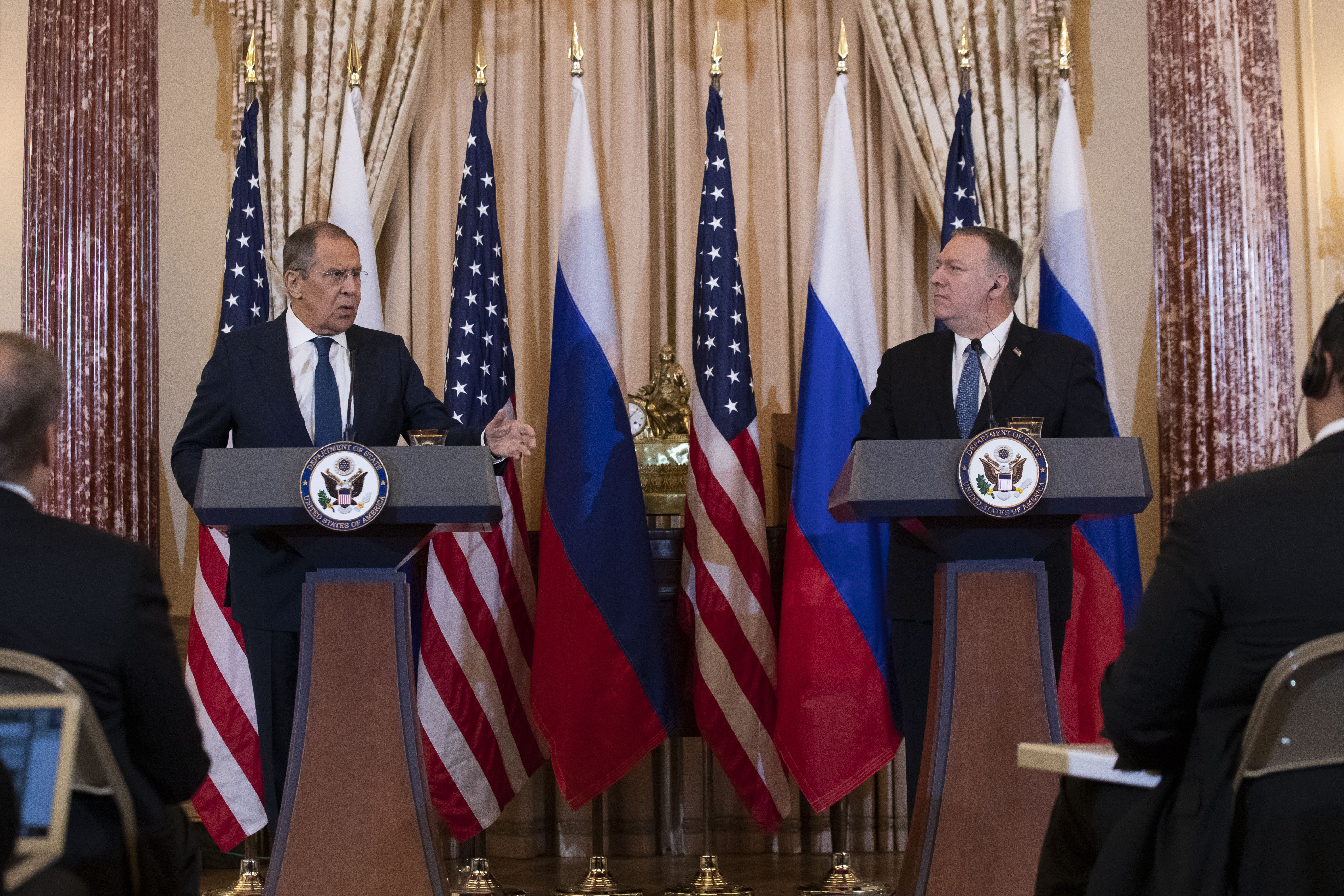 President Trump Met With Russian Foreign Minister Hours After Articles of Impeachment Were Introduced
