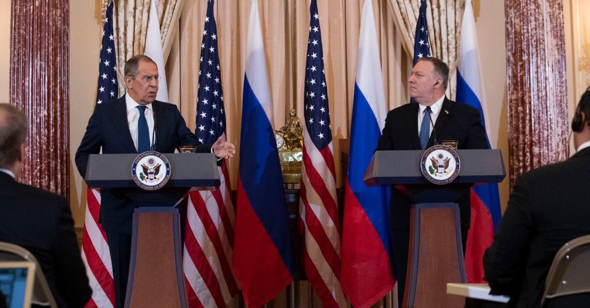 Президент Трамп встретился с министром иностранных дел России спустя несколько часов после введения импичмента thumbnail