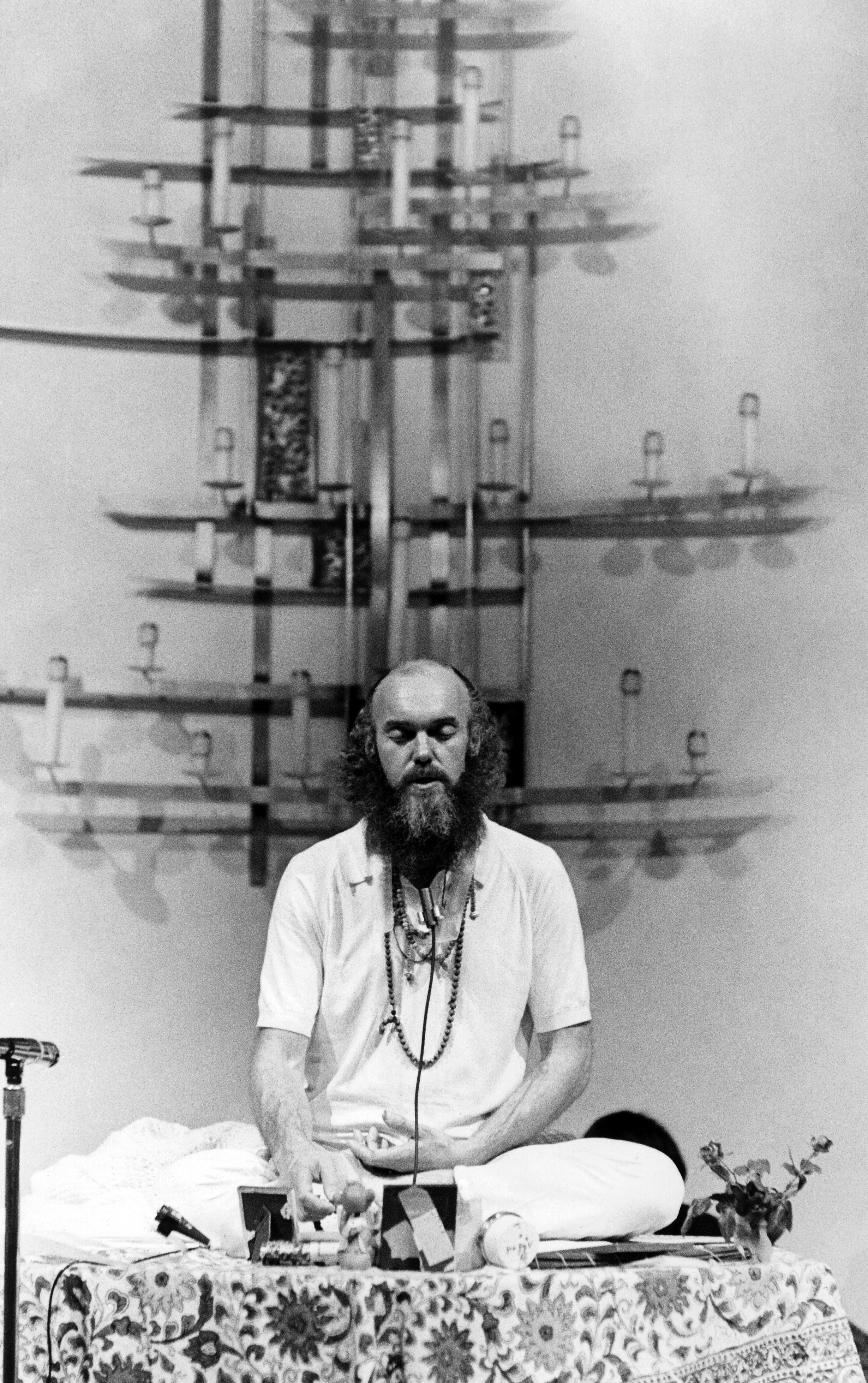 SAN FRANCISCO, CA - JANUARY 2:  American spiritual teacher Baba Ram Dass (Richard Alpert) meditates at the First Unitarian Church on January 2, 1970 in San Francisco, California.  (Photo by Robert Altman/Michael Ochs Archives/Getty Images)
