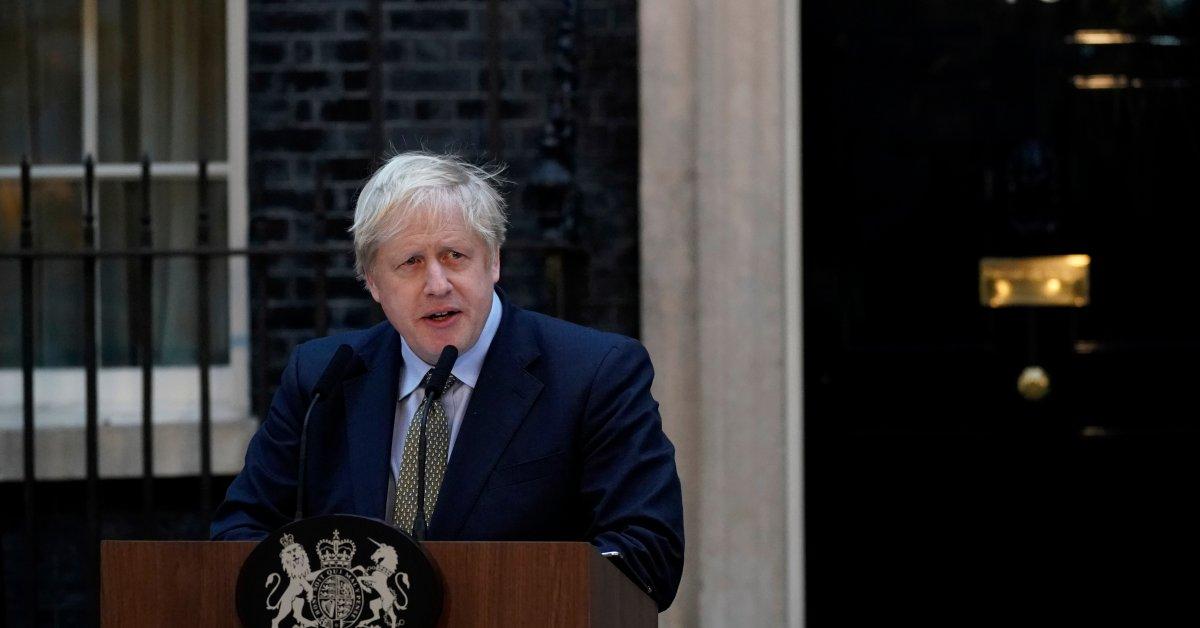 Британские законодатели одобрили законопроект о снятии средств Бориса Джонсона, прокладывая «предварительный» путь к Brexit в конце концов thumbnail