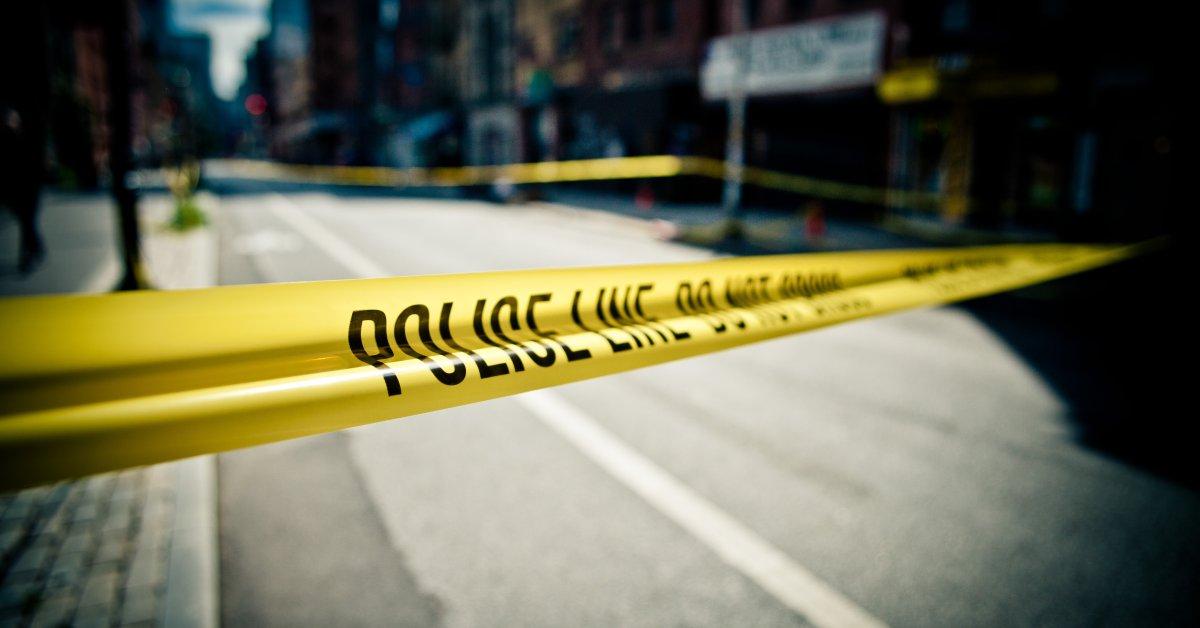 Подросток убит в стрельбе на стоянке в торговом центре Северной Каролины thumbnail