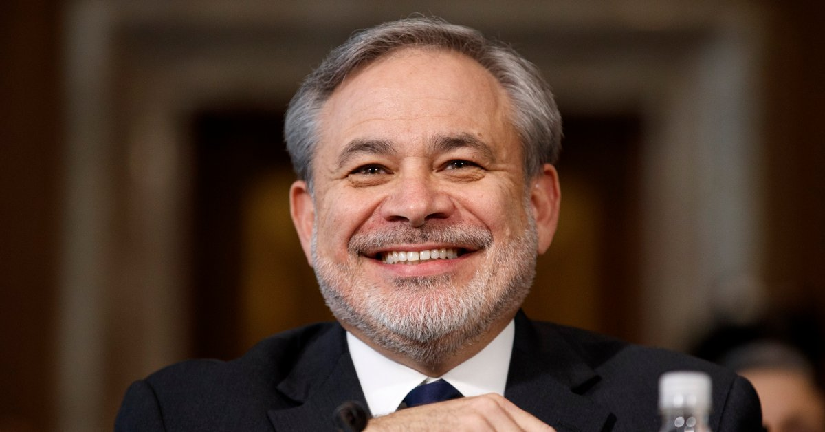 Сенат утвердил преемника Рика Перри в качестве министра энергетики thumbnail