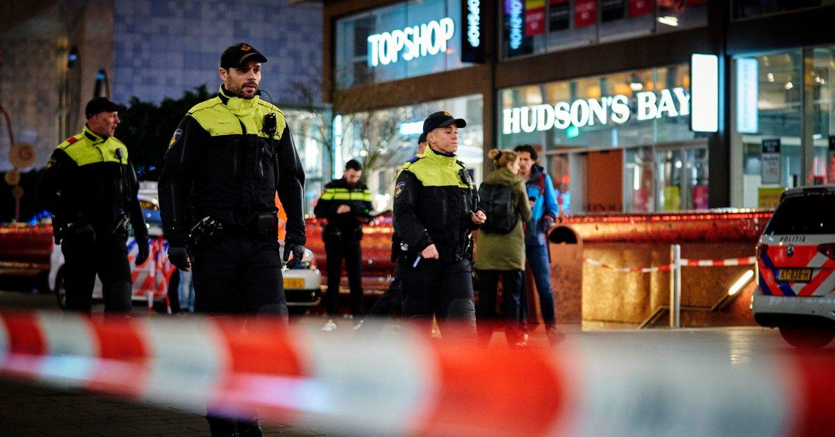 Голландская полиция не обнаружила никаких признаков террористических мотивов в нанесении ударов по Гааге thumbnail