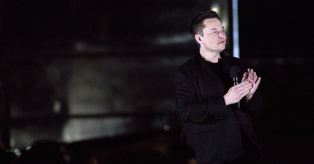Элон Маск не виновен в иске о диффамации, выдвинутом британским спелеологом за «Педо Гая» Tweet thumbnail