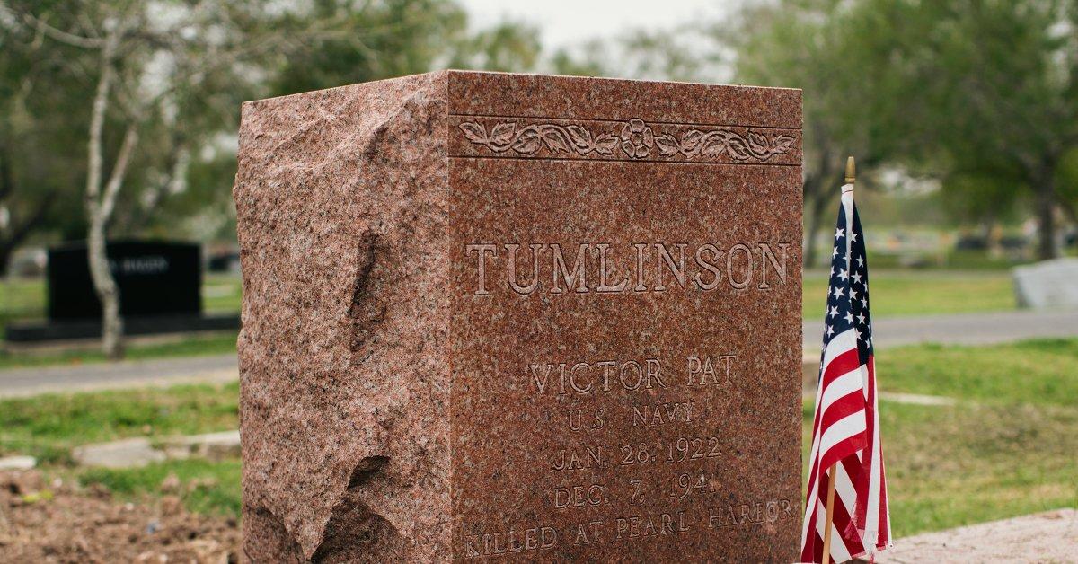 Он был убит в Перл-Харборе. Вот почему понадобилось 78 лет, чтобы привести его домой thumbnail
