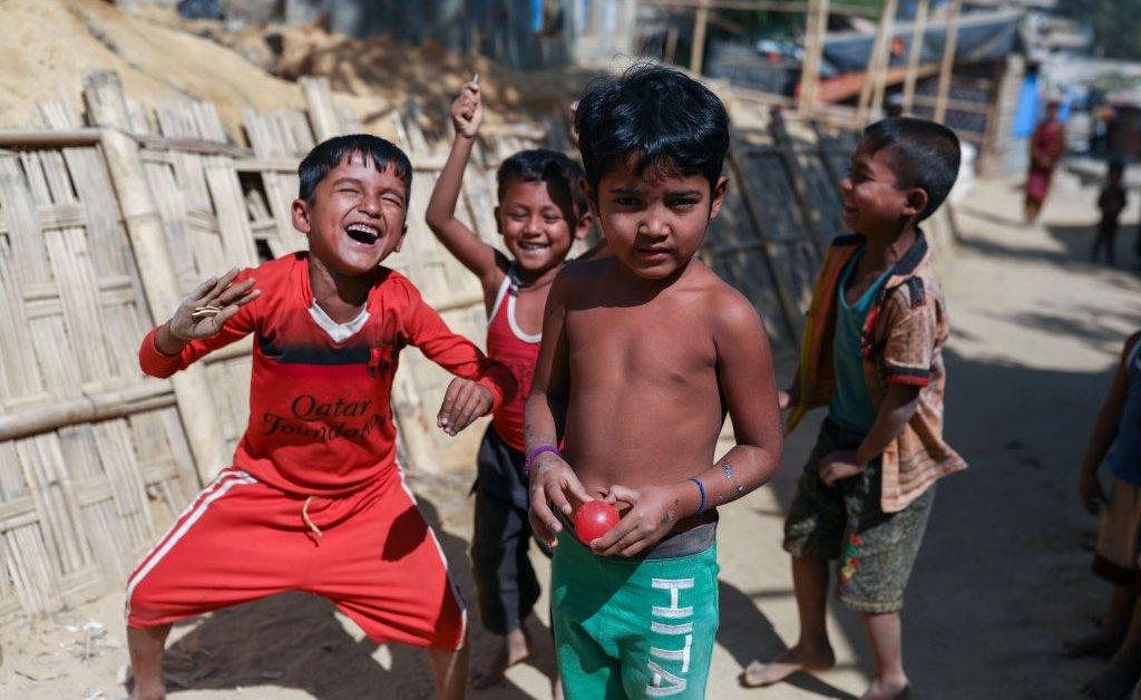 Правозащитная группа заявляет, что детям-беженцам из рохингья в Бангладеш отказывают в образовании thumbnail