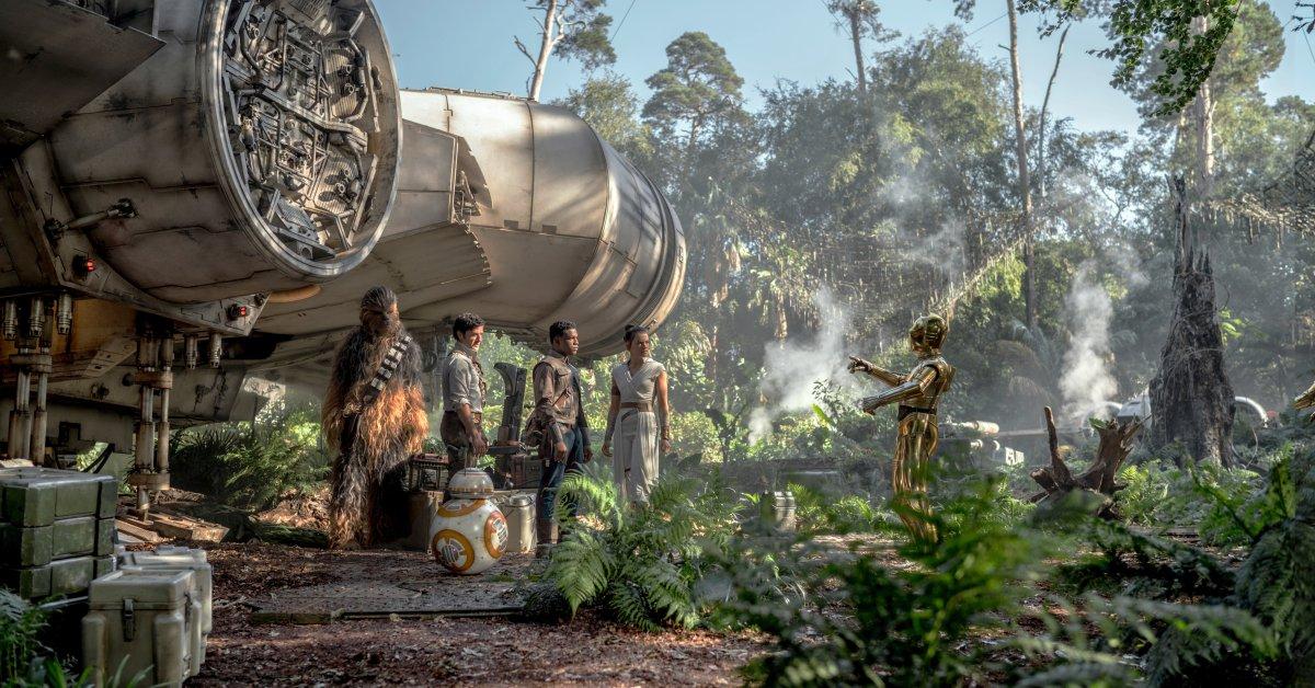 Давайте поговорим об этой неожиданной камео в «Звездных войнах: Восхождение Скайуокера» thumbnail
