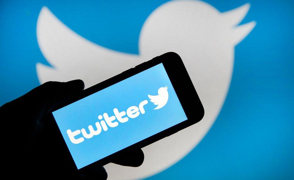 Twitter возвращает избирательные ярлыки для политических кандидатов 2020 года thumbnail