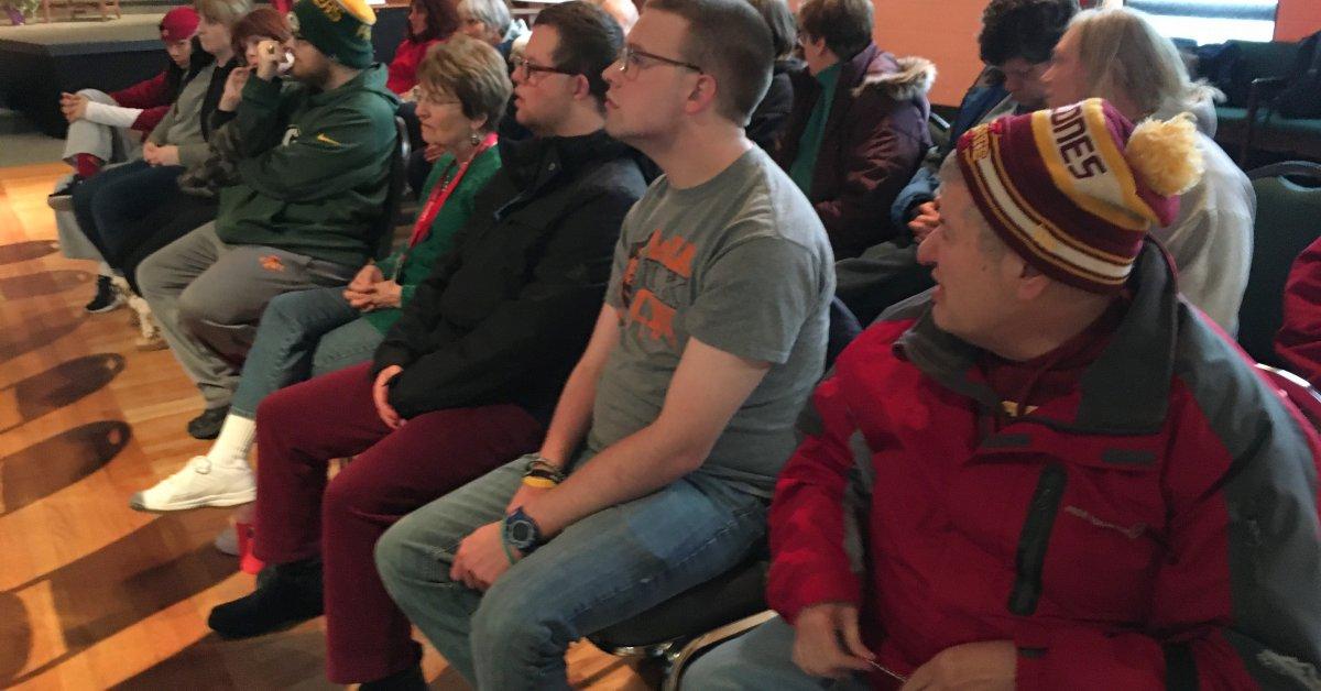 «Обе стороны потянули свои ноги»: защитники инвалидности настаивают на том, чтобы сделать заседания Айовы более доступными thumbnail