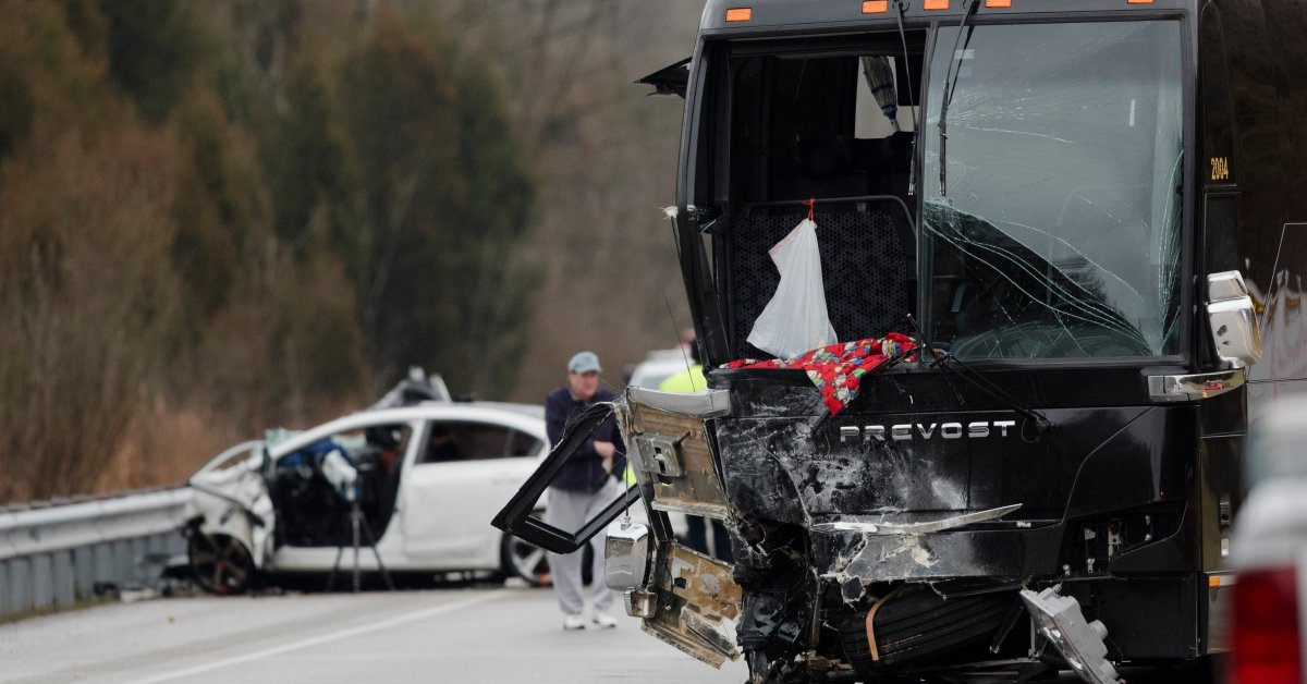 Covington cathlolic high school bus crash jpg?quality=85&w=1200&h=628&crop=1