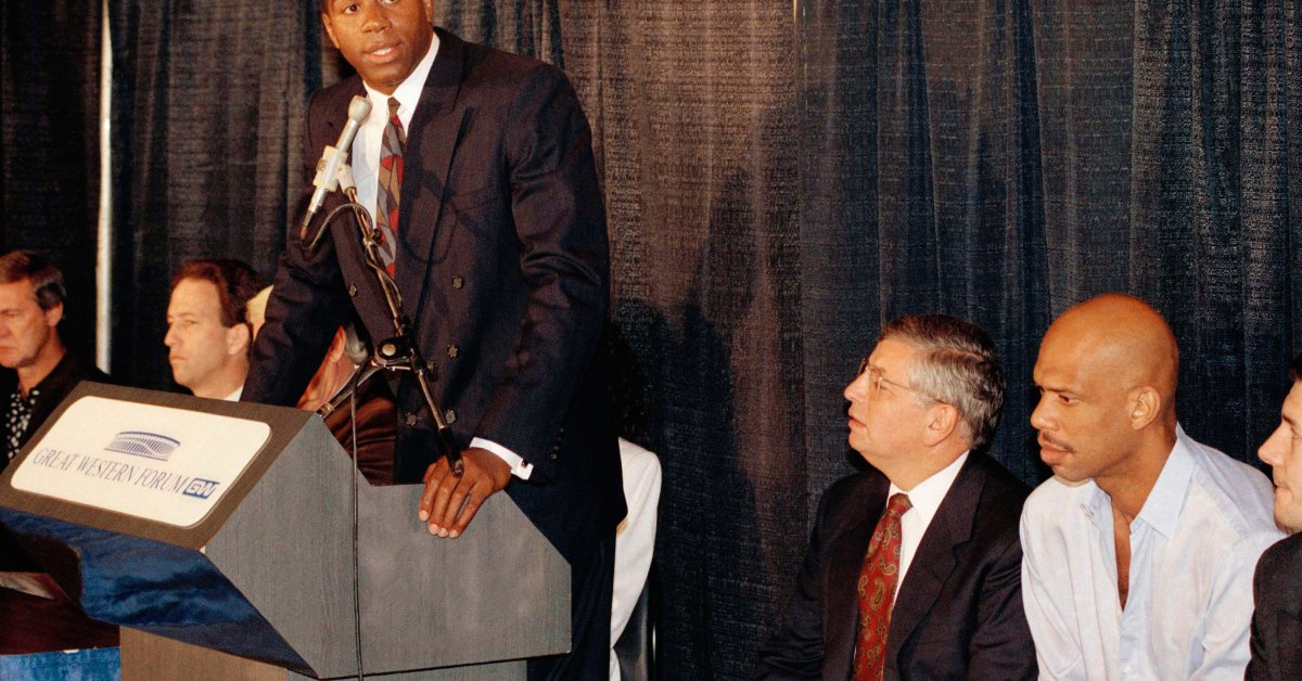 How David Stern Rescued the NBA and Turned Basketball Into a Global Force thumbnail