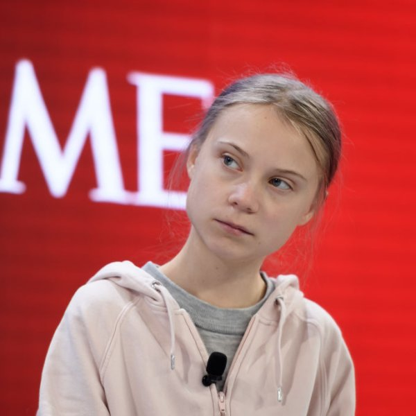 greta-thunberg-davos-panel-time