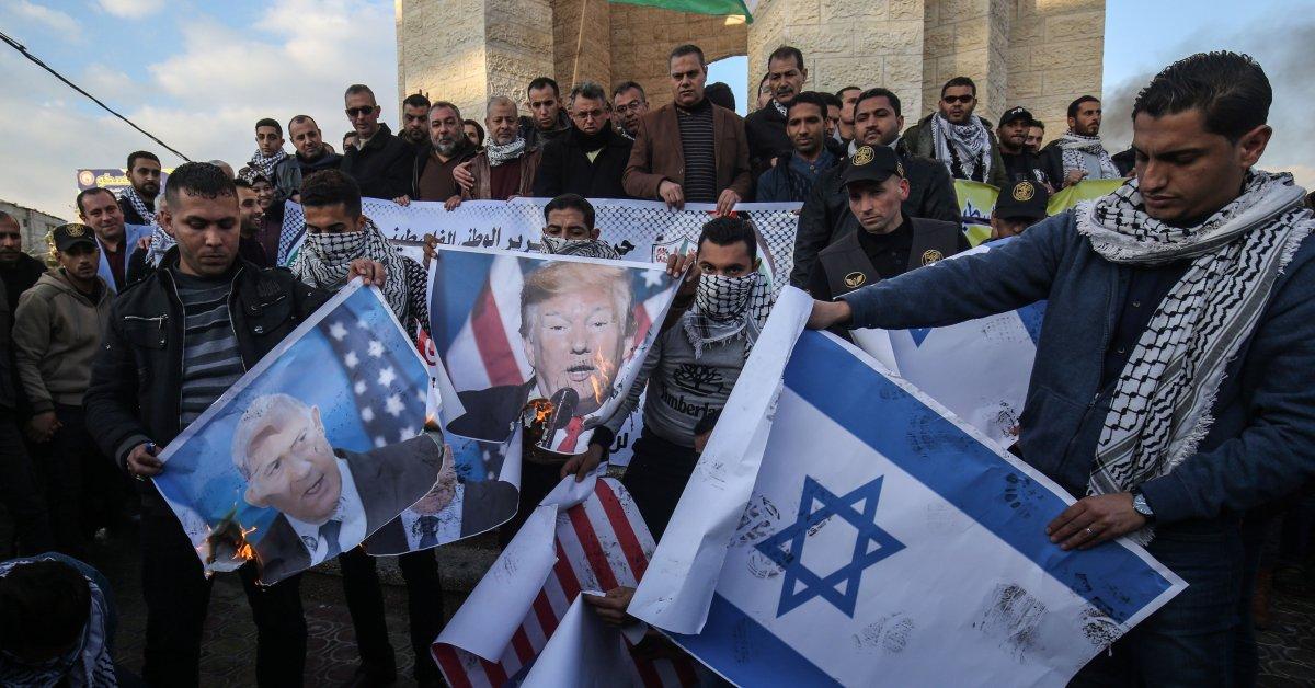 План Трампа по ближневосточному миру зависит от поддержки арабских лидеров. Это выглядит маловероятным thumbnail
