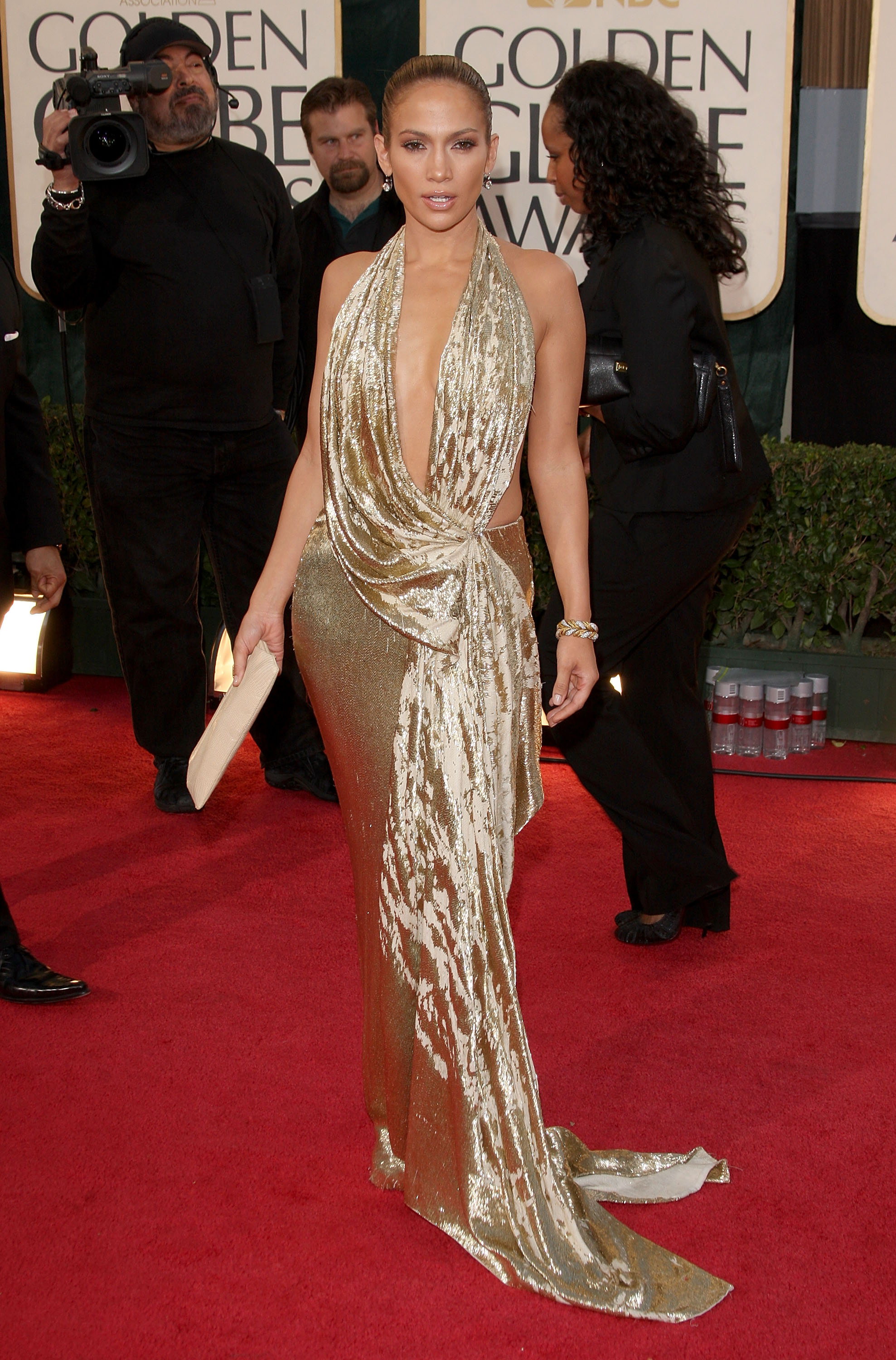 Jennifer Lopez arrives at the 66th Annual Golden Globe Awards held at the Beverly Hilton Hotel on January 11, 2009 in Beverly Hills, California.