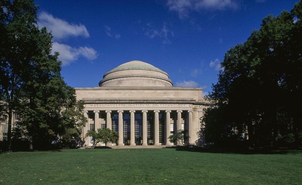 Эпштейн пожертвовал MIT $ 850 000, которые посетили 9 раз после осуждения за сексуальные преступления thumbnail