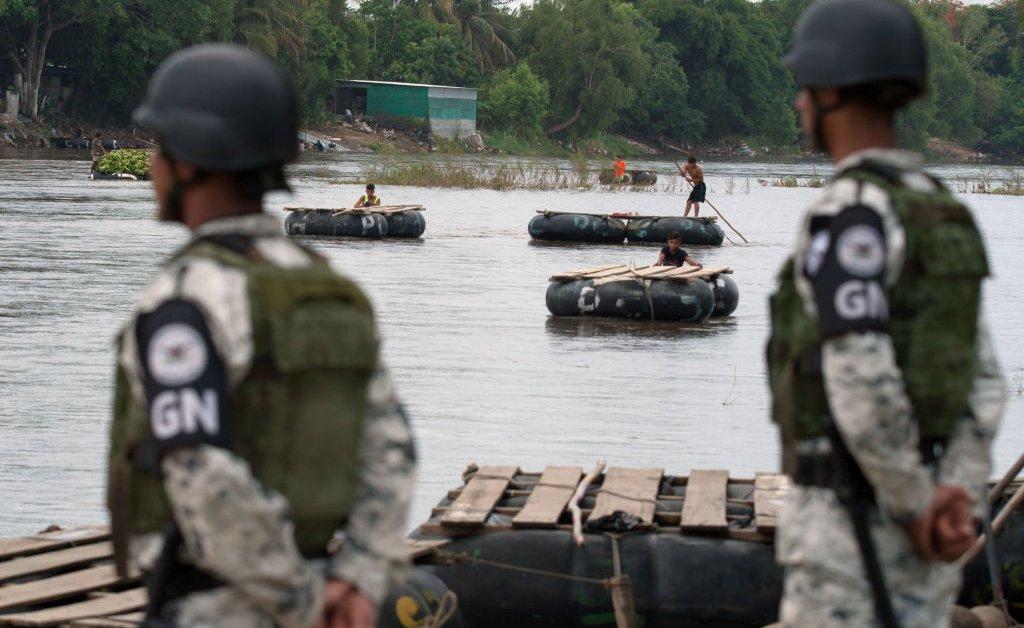 Мексика делает «грязную работу» в США, говорят исследователи, поскольку пограничные опасения снижаются в течение 7-го месяца подряд thumbnail