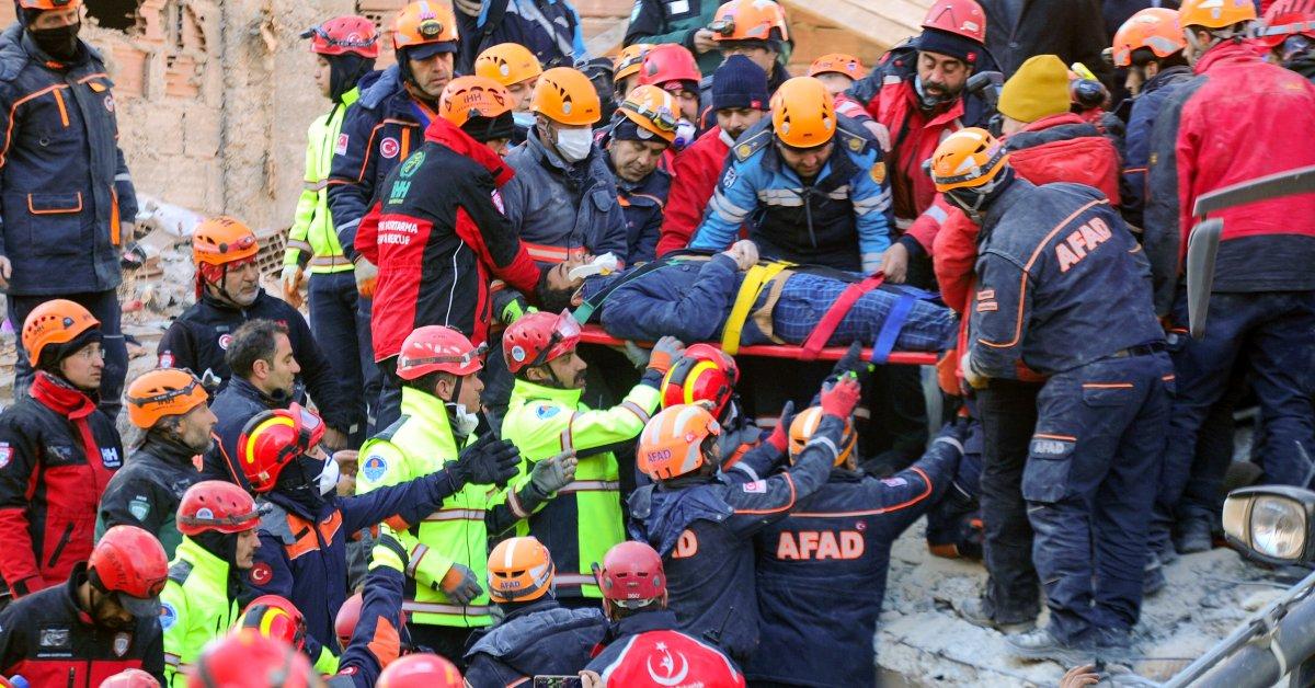 Rescuers Turkey earthquake jpg?quality=85&w=1200&h=628&crop=1