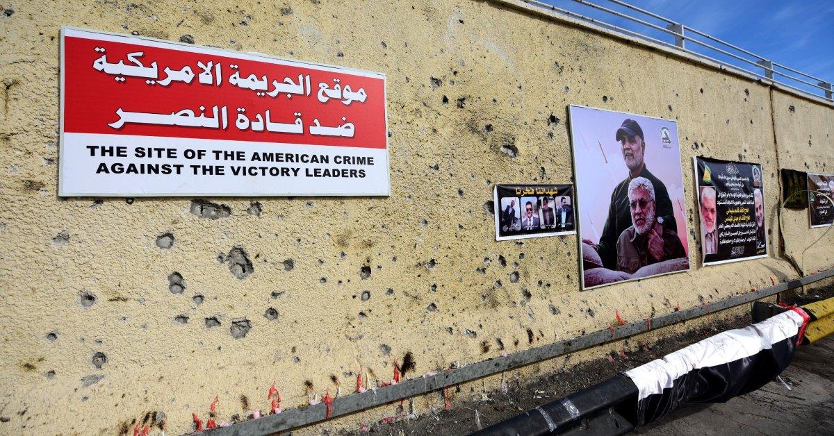 Сотни тысяч протестующих маршируют в Ираке на фоне растущего анти-США. сентиментальность thumbnail
