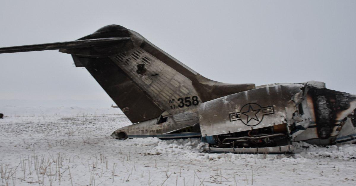 США возвращают останки двух военнослужащих, погибших в авиакатастрофе в Афганистане thumbnail