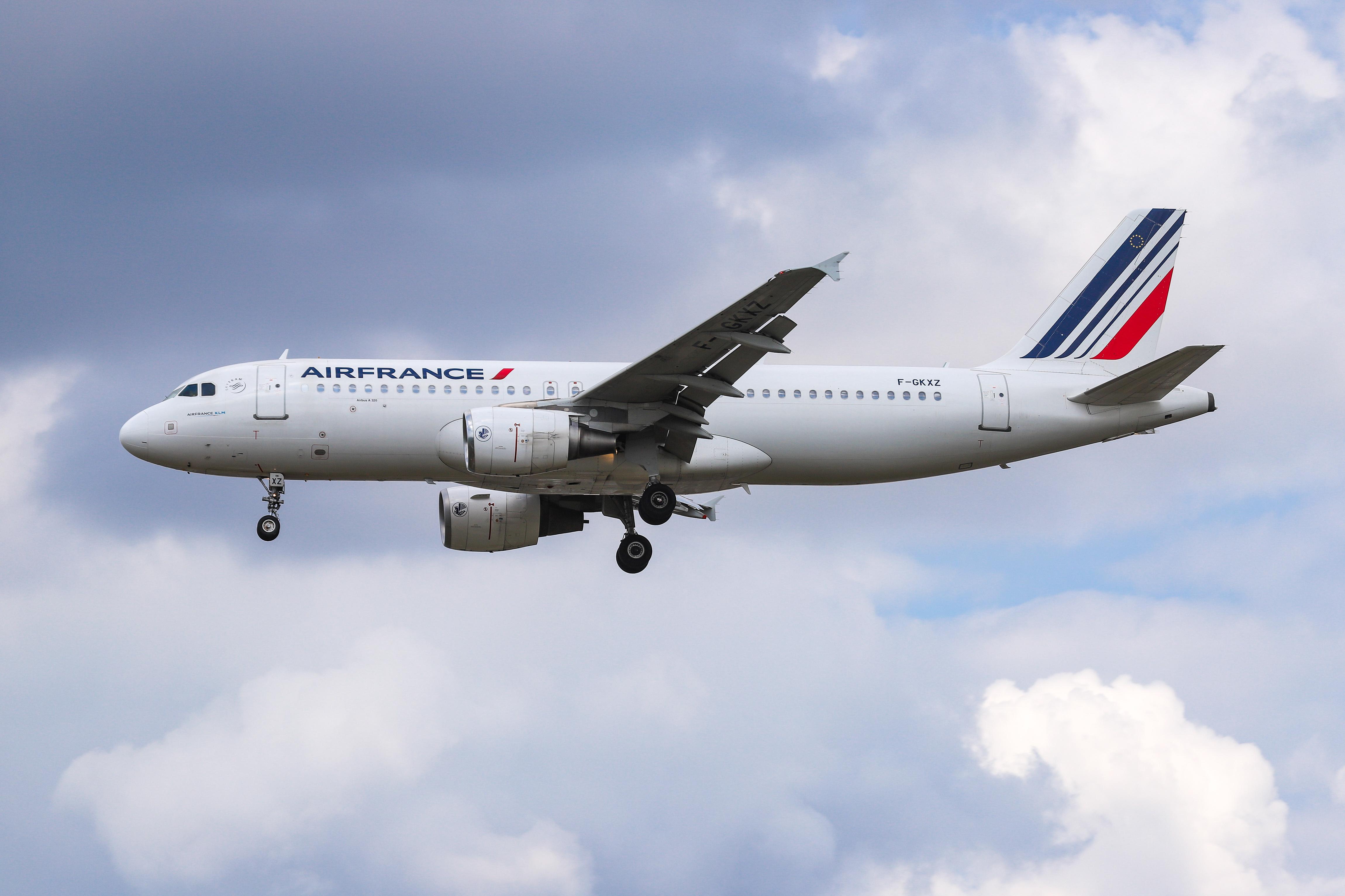 An Air France Airbus A320 plane landing on Aug. 23, 2019.