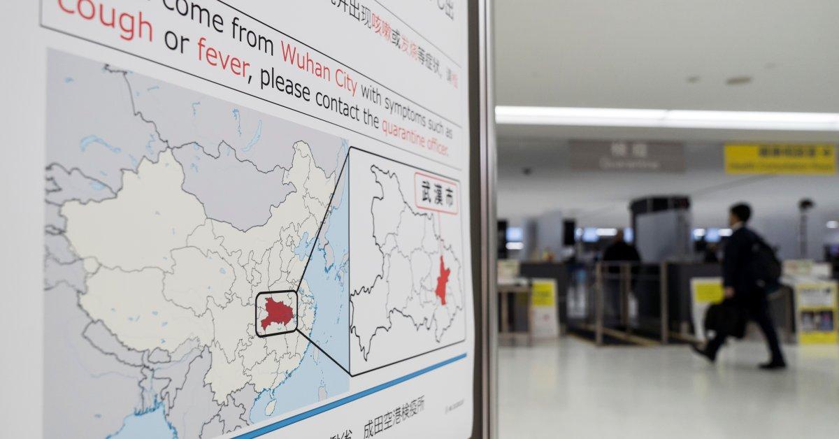 Авиакомпании и аэропорты по всему миру работают над тем, чтобы ограничить распространение смертельного коронавируса. Вот что нужно знать thumbnail