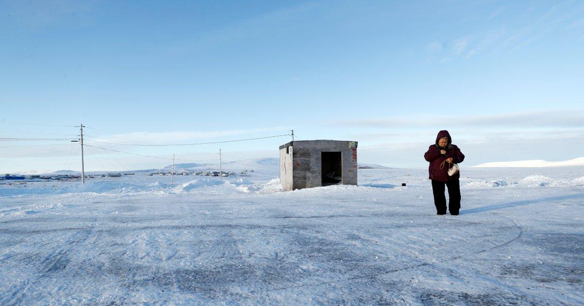 На краю Америки, перепись 2020 года начинается в маленьком городке Аляски thumbnail