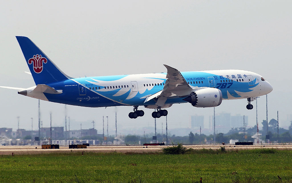 China's first Boeing 787 Dreamliner delivered to China Southern Airlines lands at the airport in Guangzhou, China, on June 2, 2013.