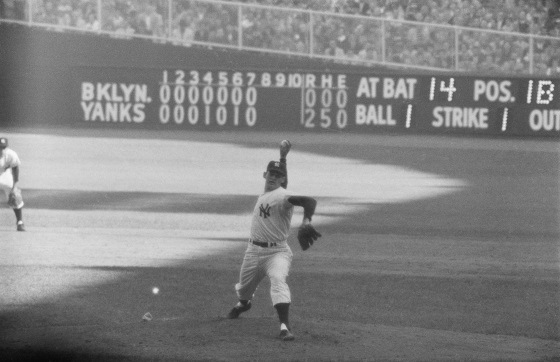 Don Larsen Pitching