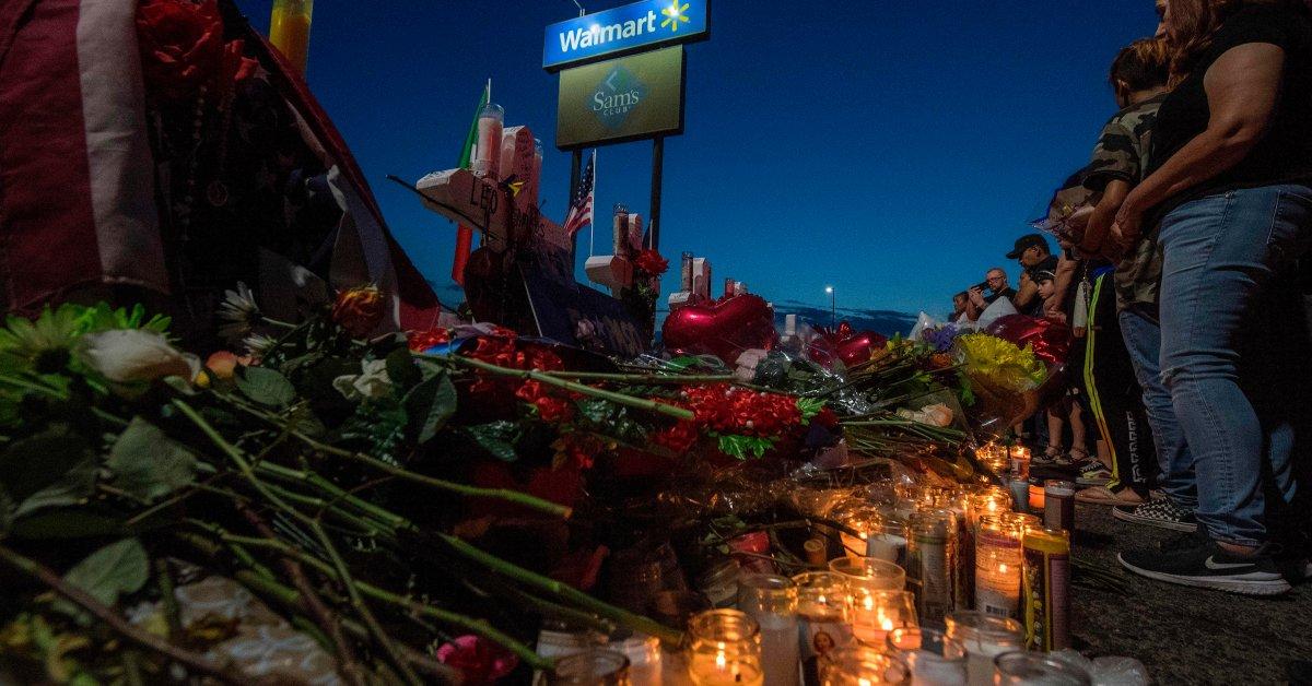 ФБР идентифицирует человека, который спас ребенка во время стрельбы в Эль-Пасо Walmart thumbnail
