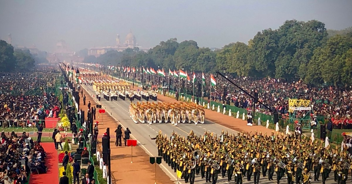 Индия празднует 70-ю годовщину конституции с парадом в честь Дня Республики thumbnail