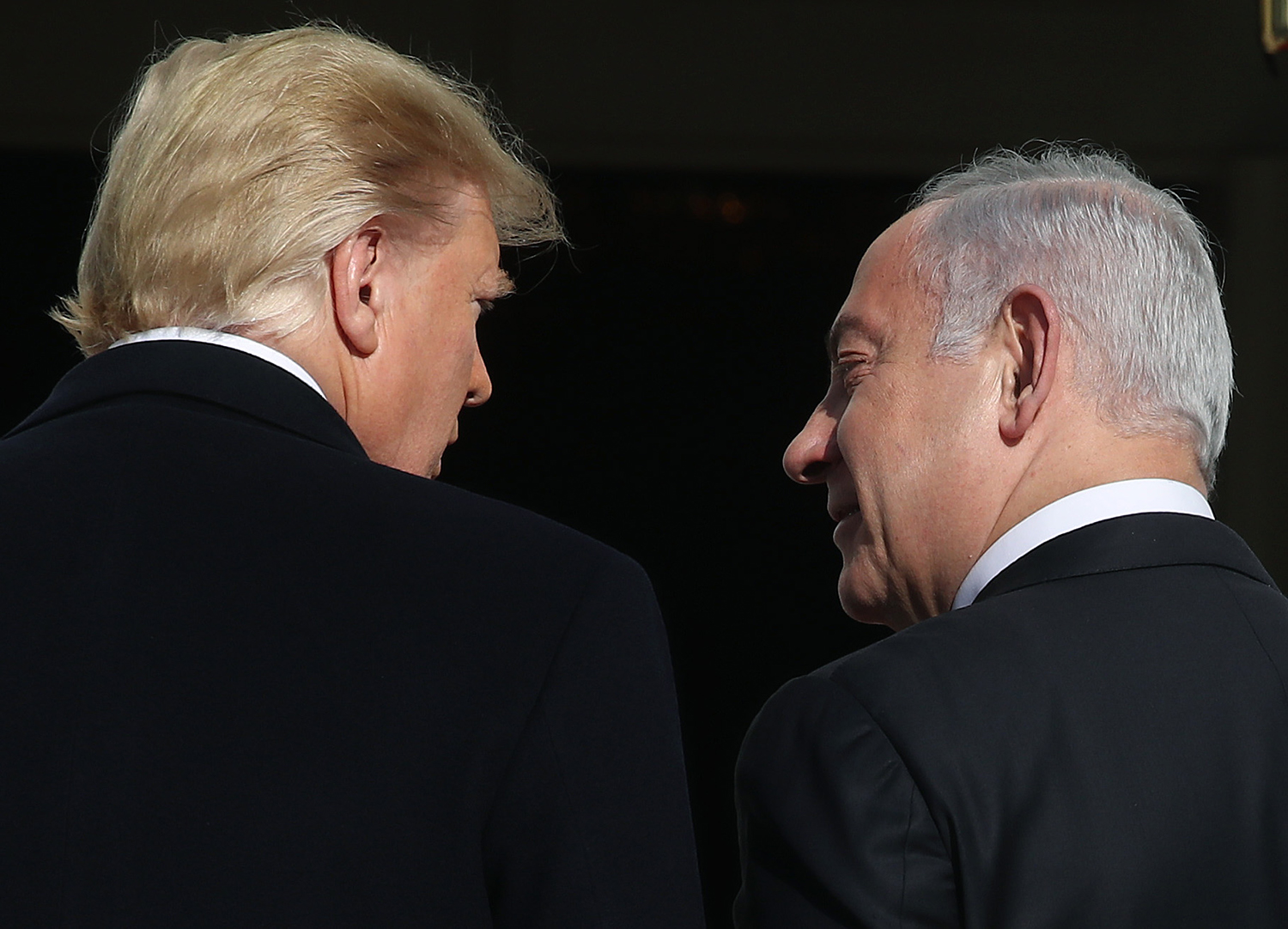 U.S. President Donald Trump (L) welcomes Israeli Prime Minister Benjamin Netanyahu at the White House on Jan. 27, 2020 in Washington, DC.