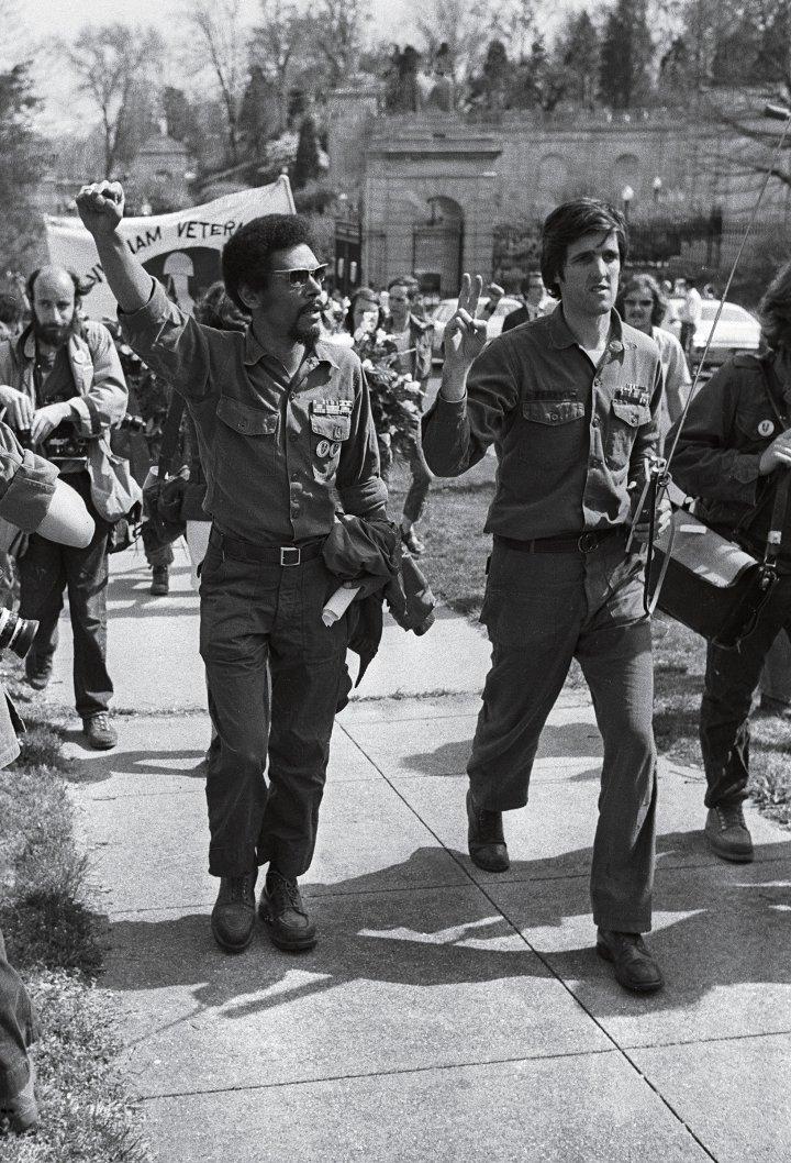 john kerry vietnam war activist