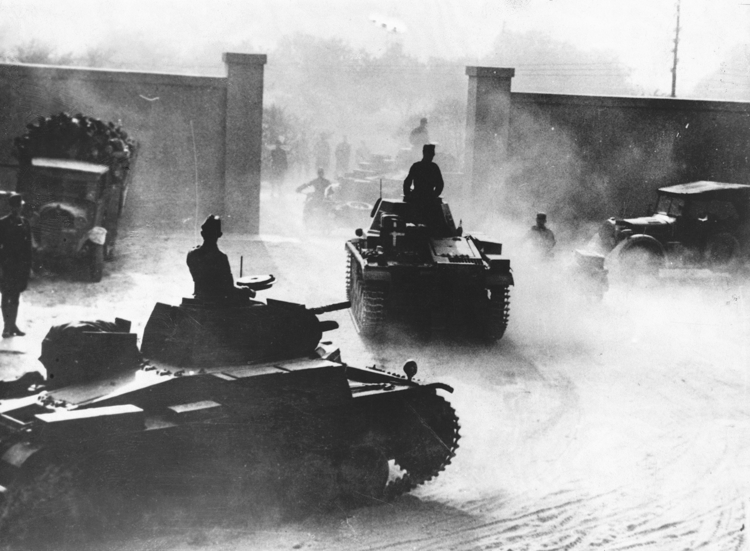 Nazi tanks in Libya in 1941