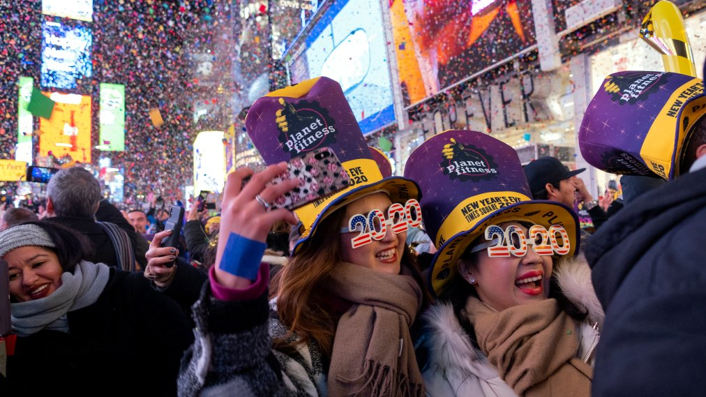 Kisses, Cheers, and Fireworks Welcome 2020 in Times Square