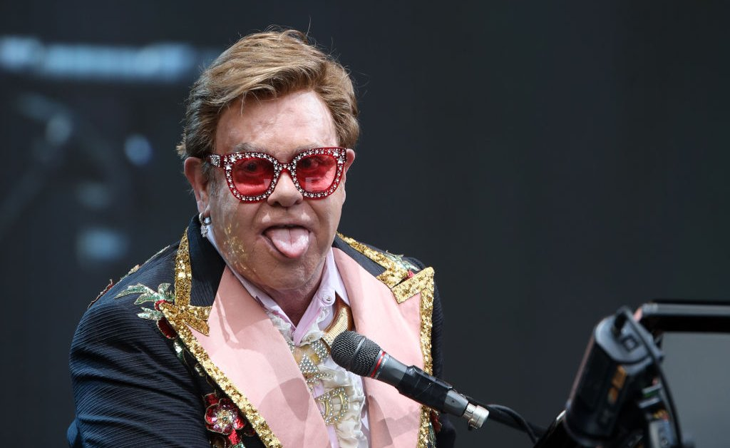 Elton John Stricken With Pneumonia, Cuts N.Z. Show Short