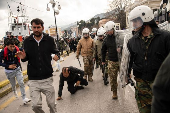Greek Police Clash With Migrants