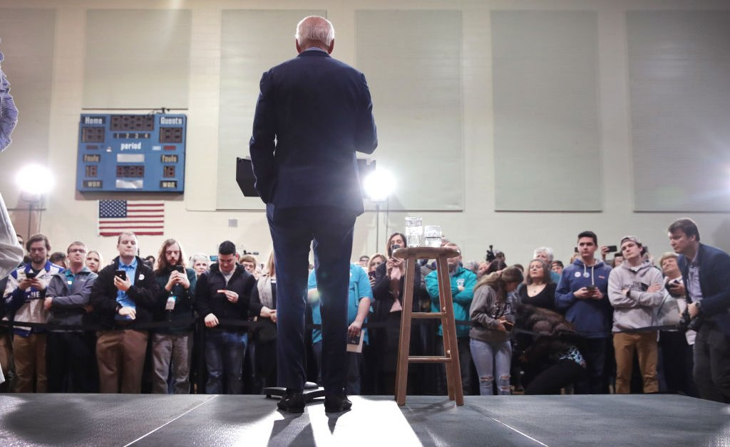 Mojo: Biden Finds His Confidence in South Carolina, But is it Too Late? thumbnail