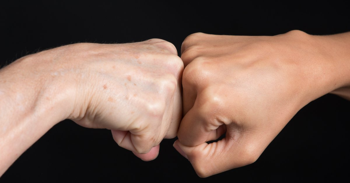 Fistbumps V Handshakes, and How COVID-19 Does—and Doesn't—Spread