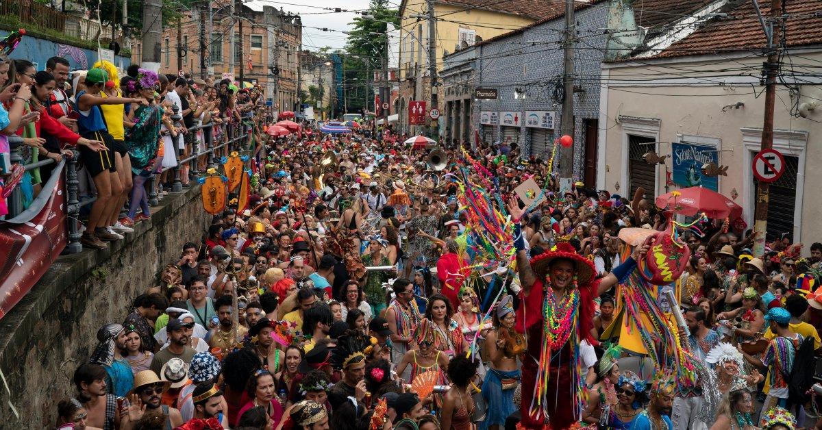 Brazilian Police on Strike Amid Carnival Celebrations
