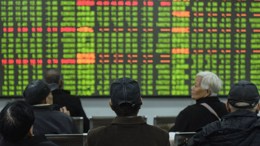 Chinese Stocks Plunge 9% Amid Coronavirus Outbreak as Markets Reopen After Holiday