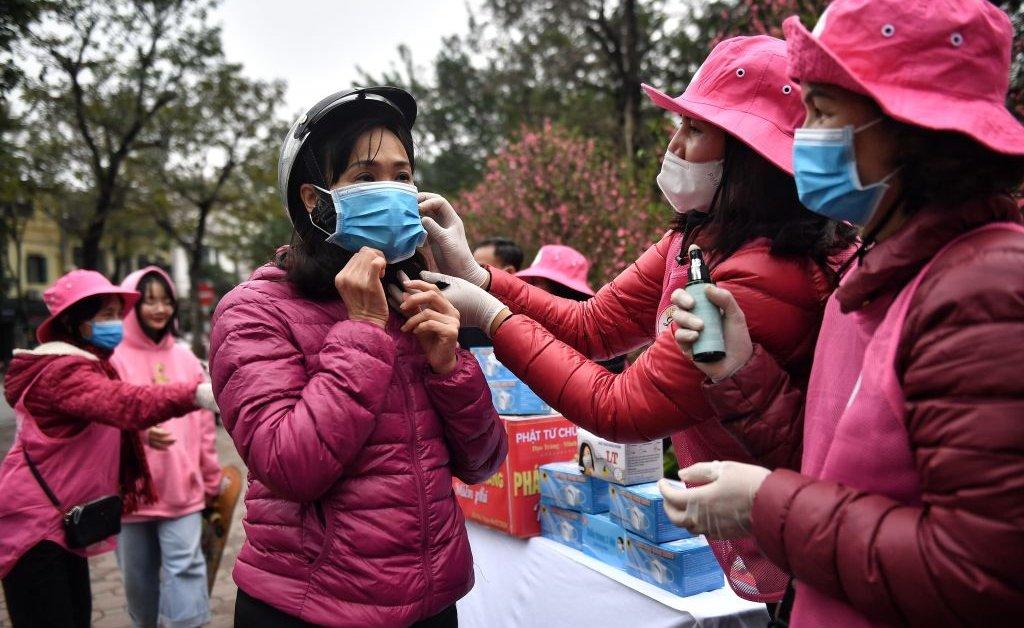 """Résultat de recherche d'images pour """"incredible children mask against coronavirus in china"""""""