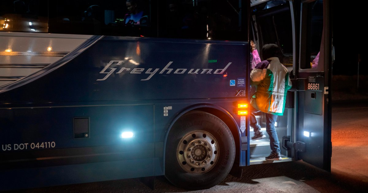 Greyhound Will Stop Allowing Warrantless Immigration Checks On Its Buses