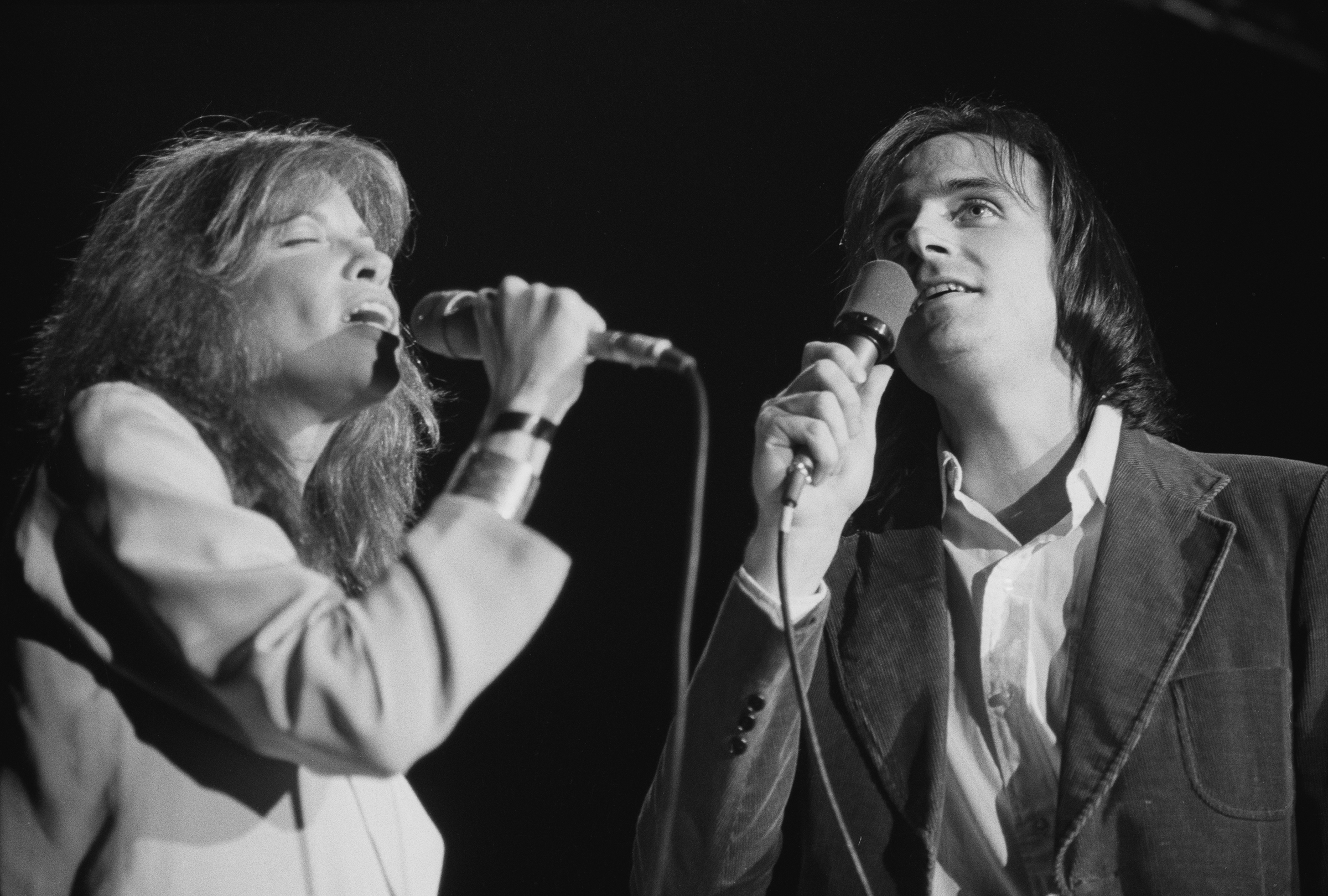 1978: Performs with singer-songwriter Carly Simon, then his wife